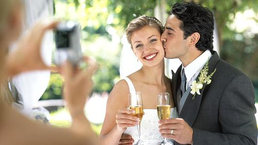 How Long Should A Grooms Speech Be: How To Write A Great Bride & Groom Thank You Speech